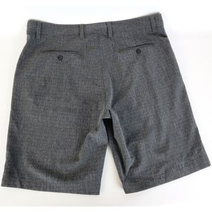 Travis Mathew Casual Golf Shorts Sz 38 Checkered